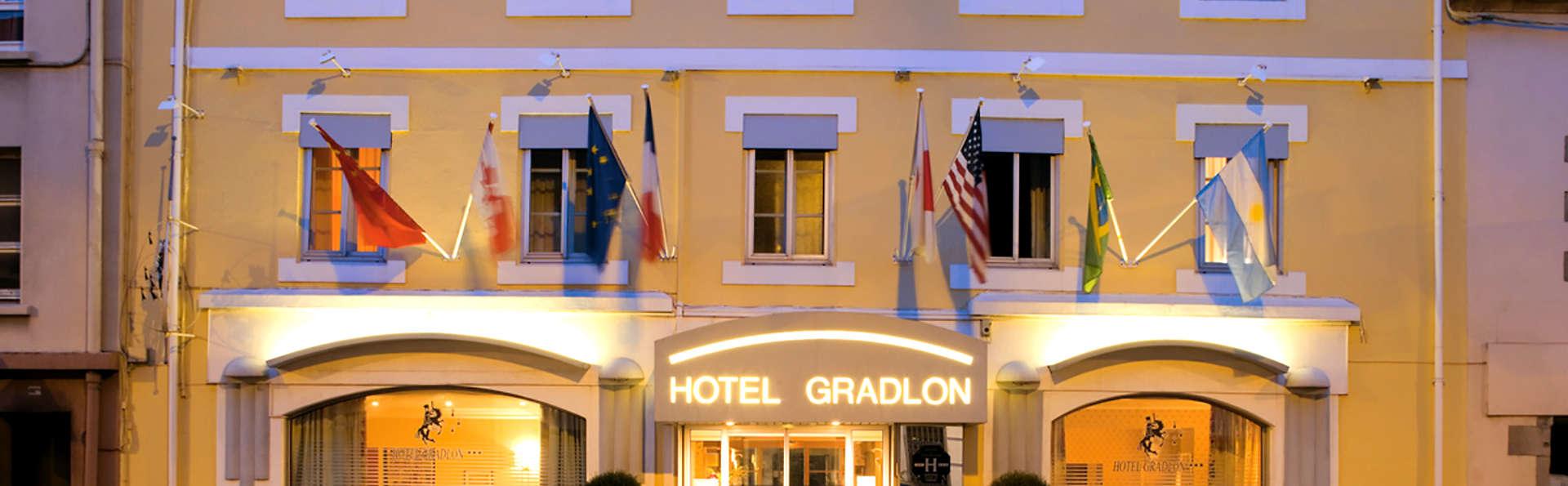 Hôtel Gradlon - Edit_Front.jpg