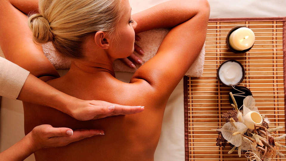 Hôtel Helvie - EDIT_massage.jpg
