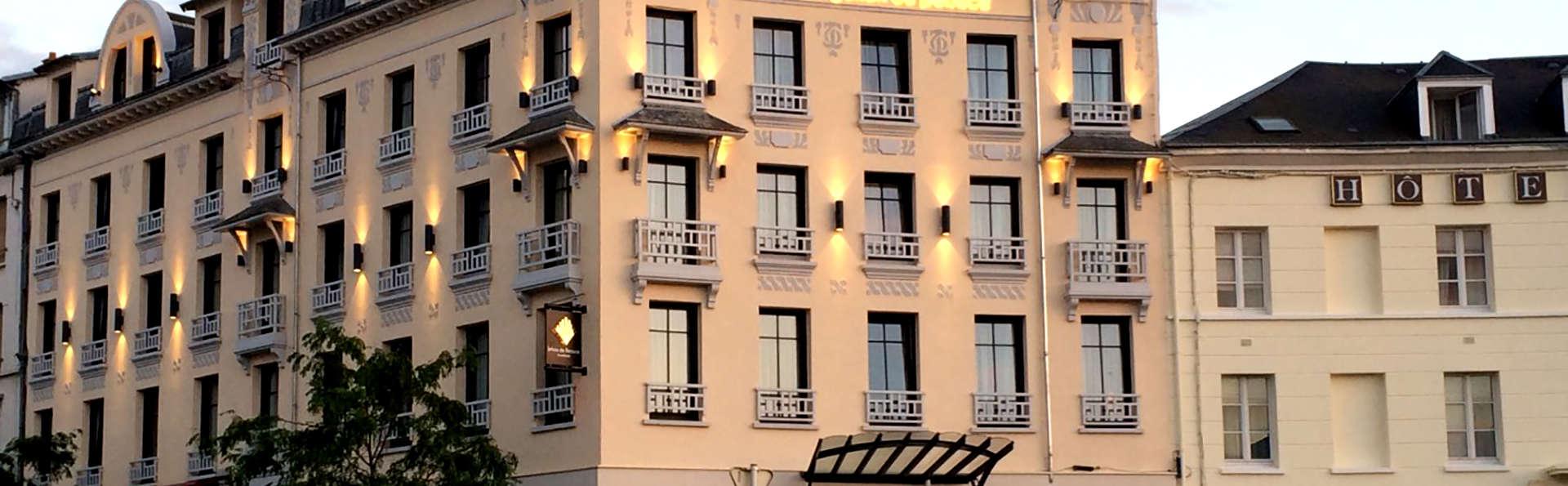 Hotel Jehan de Beauce - Edit_Front3.jpg