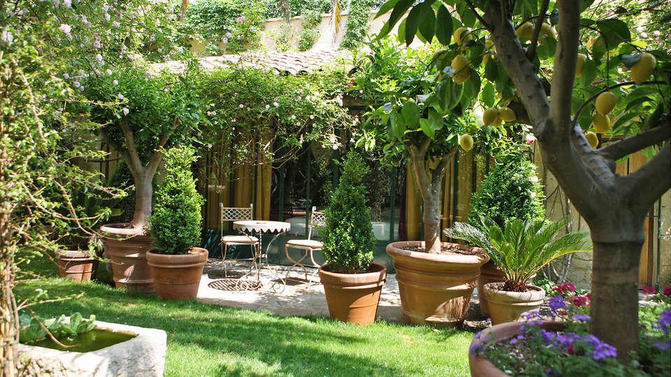 Hôtel Jardins Secrets - EDIT_Fachada_2.jpg