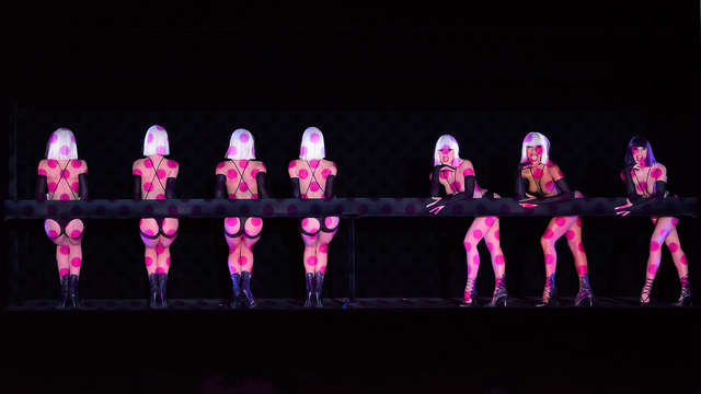 Escapada deluxe en el corazón de París con show en Crazy Horse