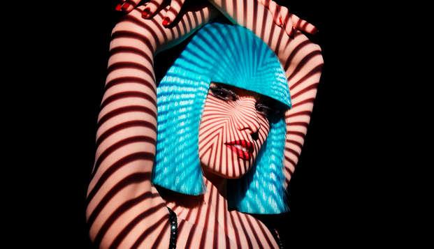 Luxe, détente et glamour lors d'un week-end 5* avec spectacle au Crazy Horse de Paris