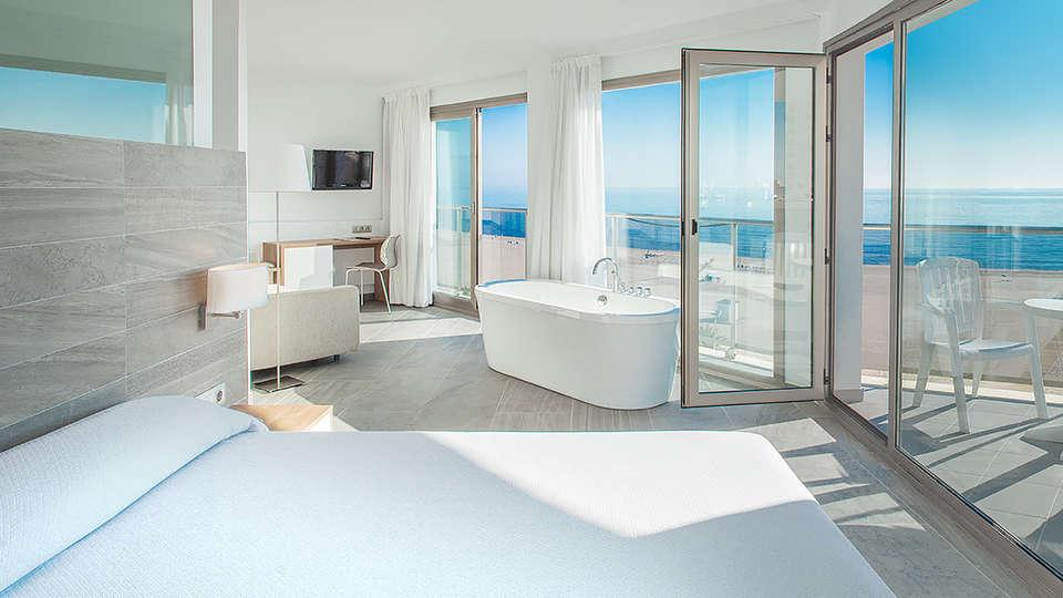 Hotel RH Bayren & spa - EDIT_NEW_ROOM3.jpg