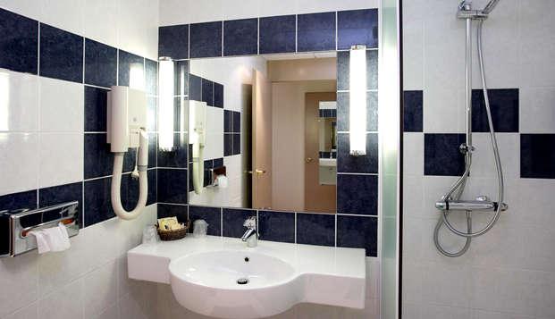 Hotel Kyriad Prestige - Bordeaux Merignac - Bathroom