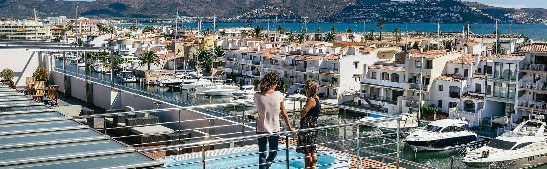 Hotel Port Salins - EDIT_NEW_view1.jpg