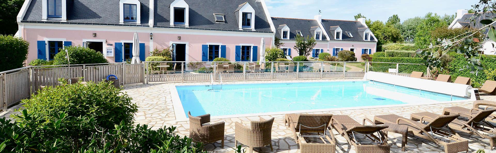 Hôtel la Désirade - Belle-Ile-en-Mer - Edit_Front2.jpg
