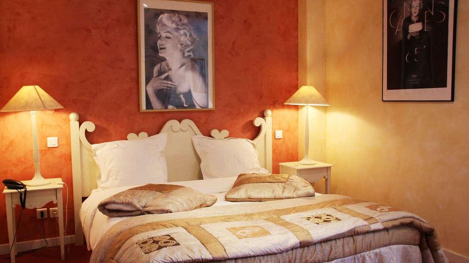 Hôtel La Potinière - EDIT_room2.jpg