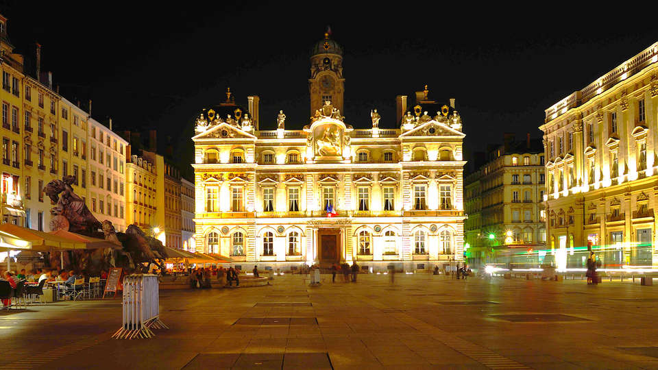 Hôtel la Résidence - Lyon Bellecour - EDIT_destination1.jpg