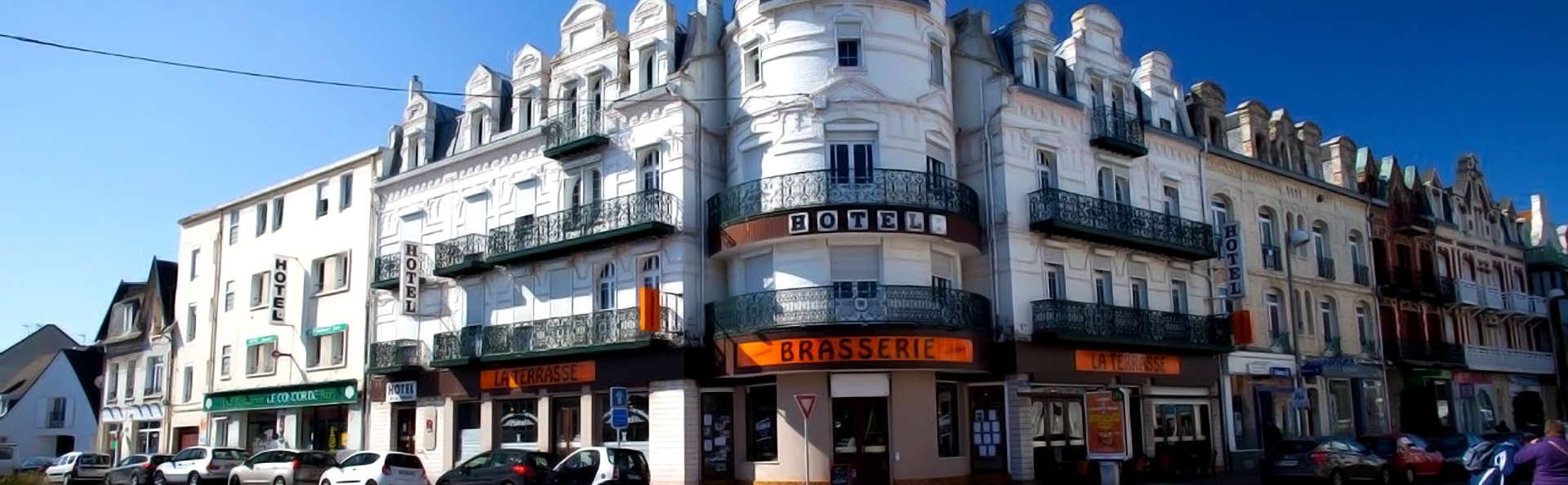Hôtel La Terrasse - Edit_Front.jpg