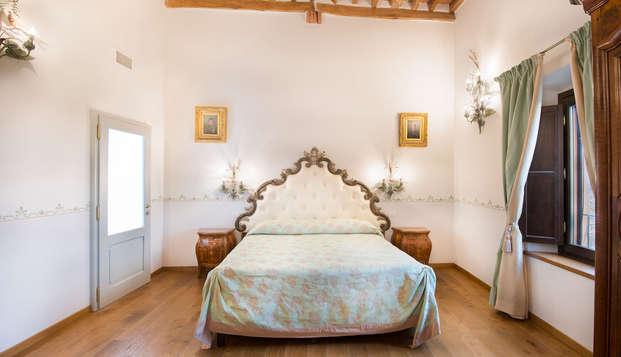 Notte da sogno e degustazione di vini in Toscana