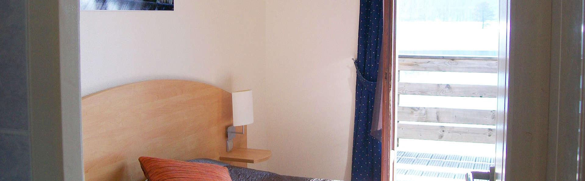 Hôtel Lac des Graves  - EDIT_room.jpg