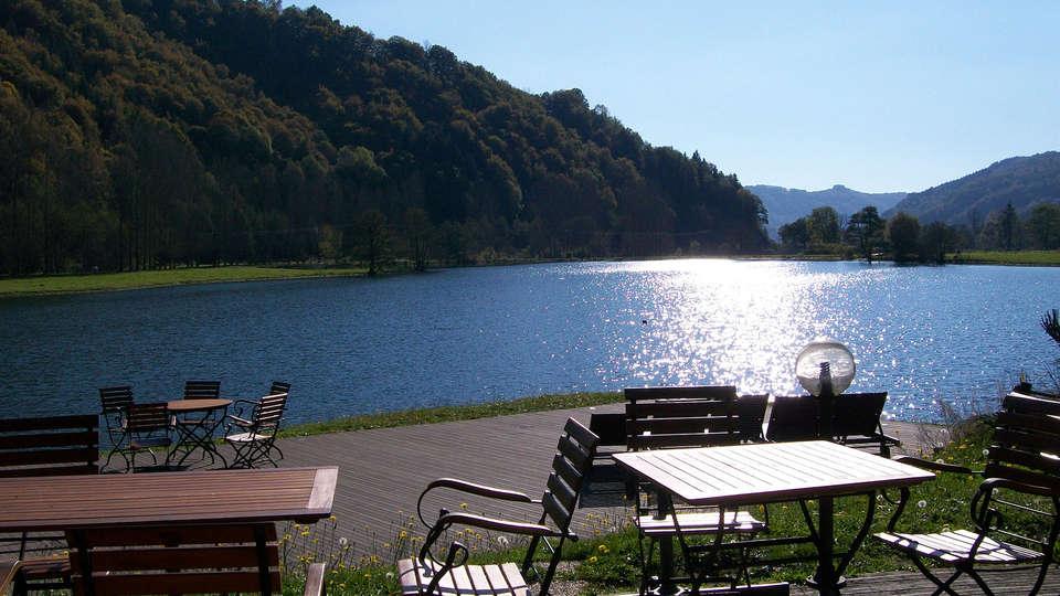 Hôtel Lac des Graves  - EDIT_terrace1.jpg