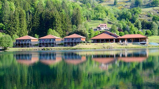 Séjour de charme au bord du Lac des Graves dans le Cantal (à partir de 2 nuits)