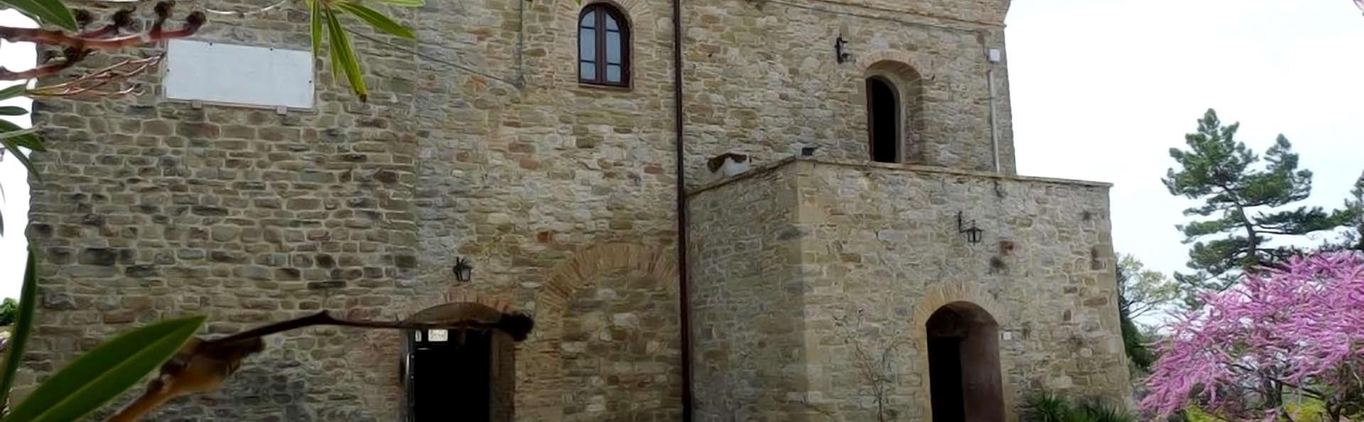 Castello di Giomici - Edit_Front.jpg