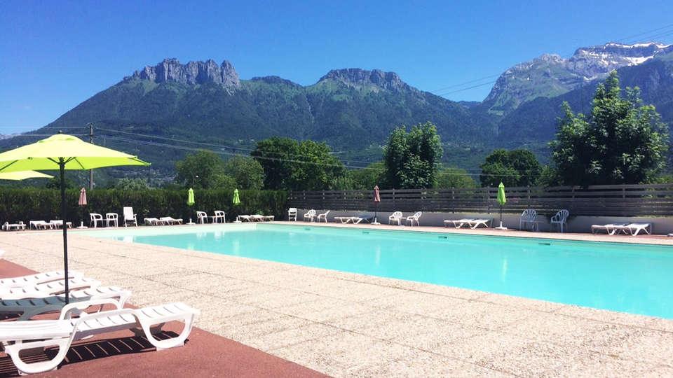 Ternélia - Village Vacances Le Pré du Lac d'Annecy - EDIT_pool1.jpg