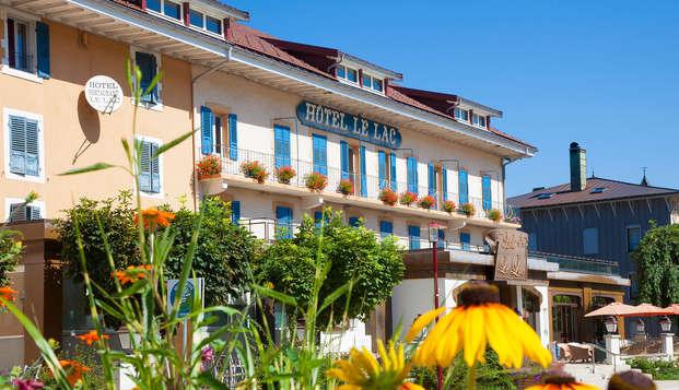 Hotel Le Lac - front