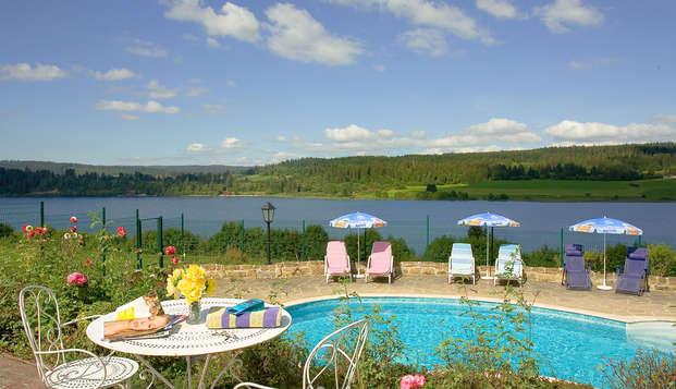 Hotel Le Lac - pool