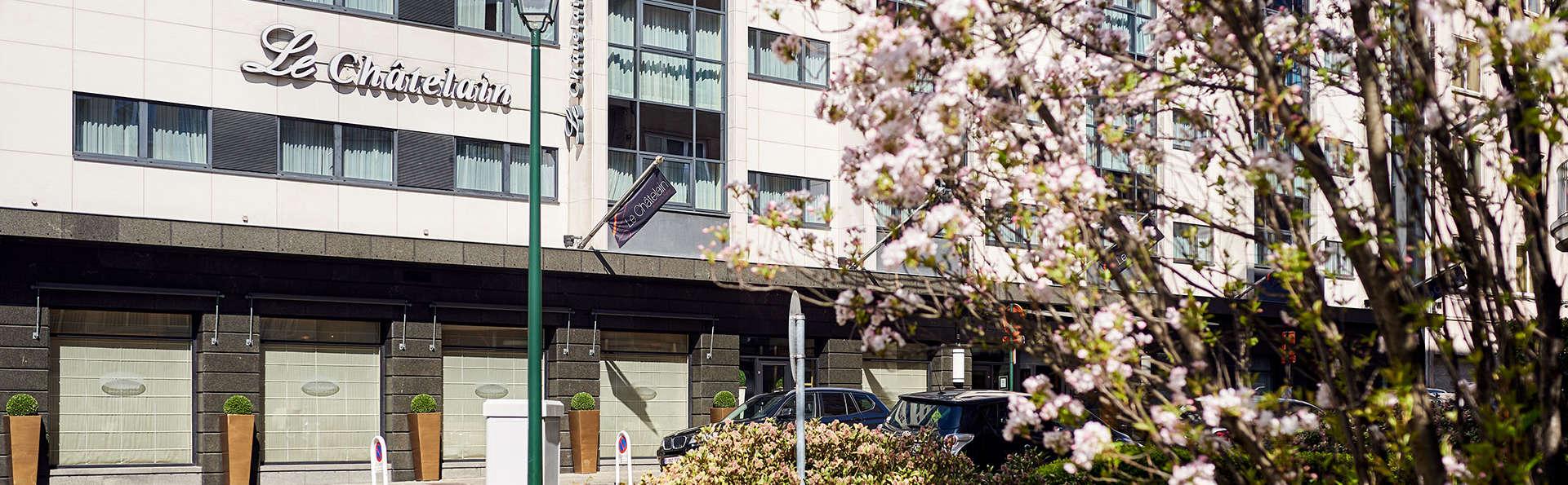 Hôtel Le Châtelain - EDIT_NEW_front.jpg