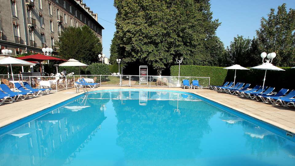 Hôtel Club Cosmos - EDIT_NEW_pool.jpg