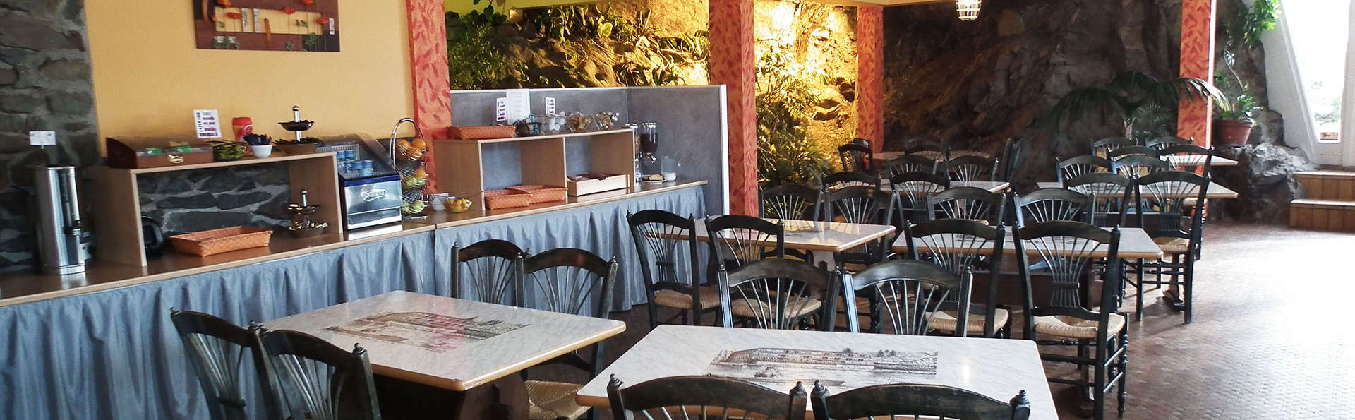 Hôtel Le Moulin Neuf - EDIT_restaurant.jpg