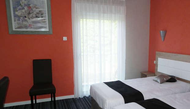 Hotel Le Moulin Neuf - room