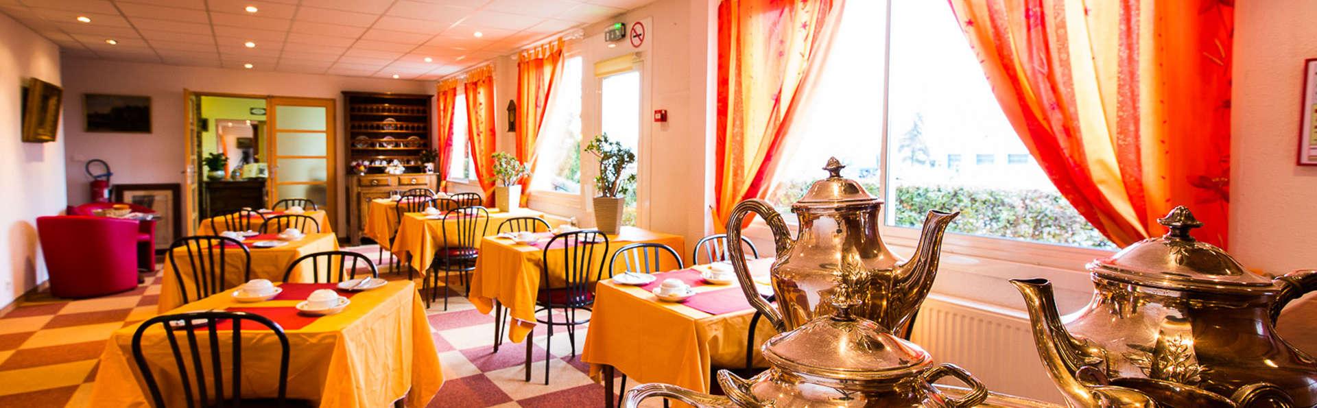 Hôtel Le Pacifique - EDIT_breakfastroom3.jpg