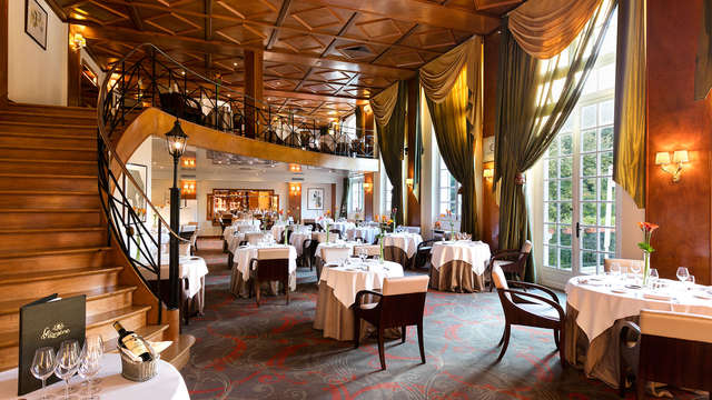 Week-end détente avec dîner 3 plats dans un magnifique château à Chantilly