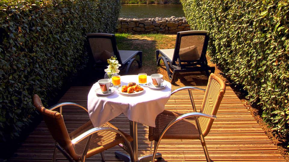 Hotel Le Phoebus Garden & Spa - Edit_Breakfast.jpg
