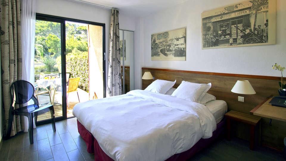 Hotel Le Phoebus Garden & Spa - Edit_Room2.jpg