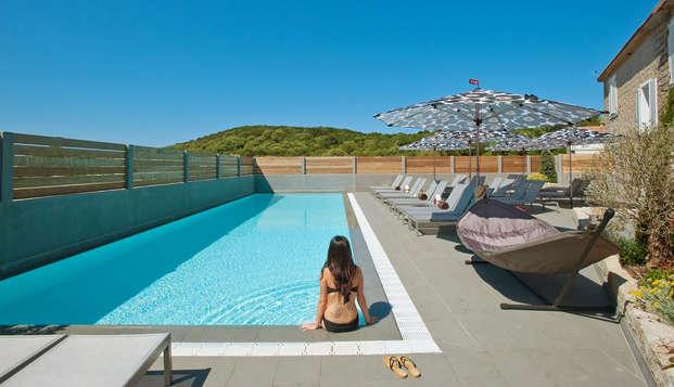 Hotel Le Golfe - Pool