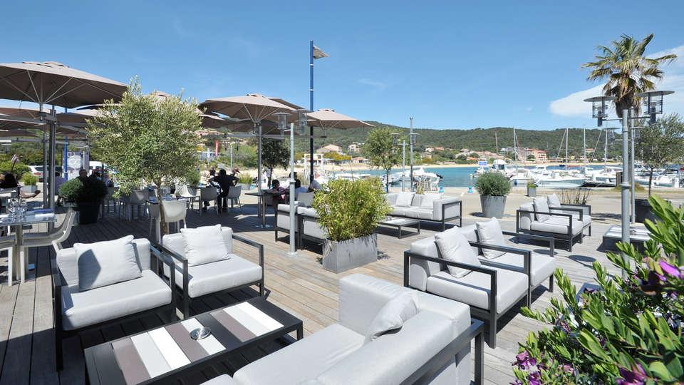 Hôtel Le Golfe - EDIT_terraza_4.jpg