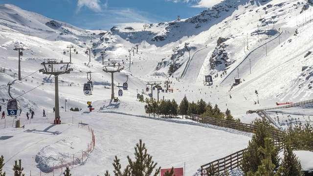 Alójate en un bonito hotel en plena naturaleza de Sierra Nevada