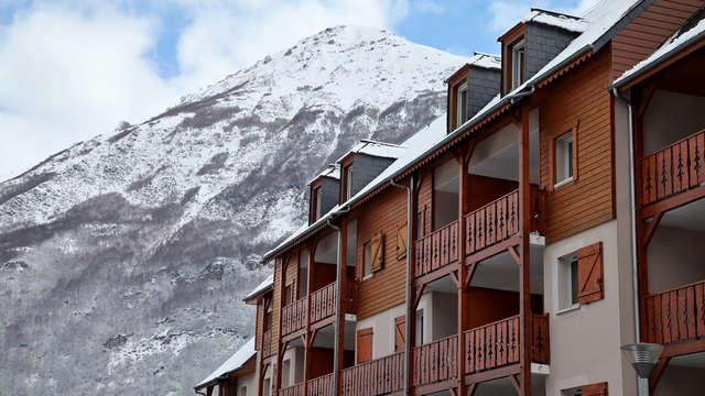 Séjour ski en famille avec accès détente, près du col du Tourmalet (à partir de 2 nuits)