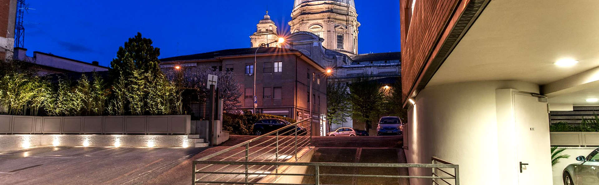 Dal Moro Gallery Hotel - Edit_View.jpg