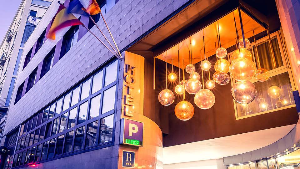 Hotel Ronda Lesseps - Edit_Front.jpg