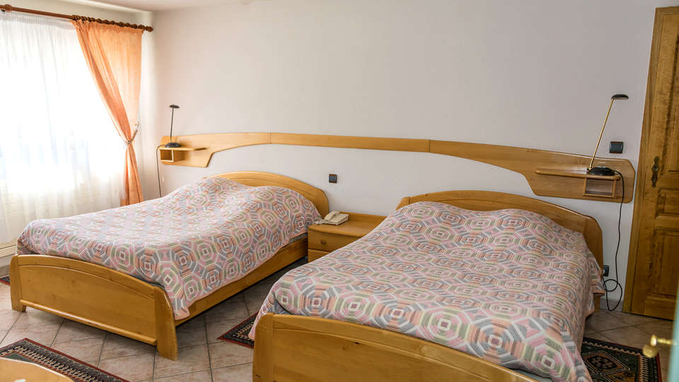 Logis hôtel du Faudé - EDIT_NEW_ROOM2.jpg