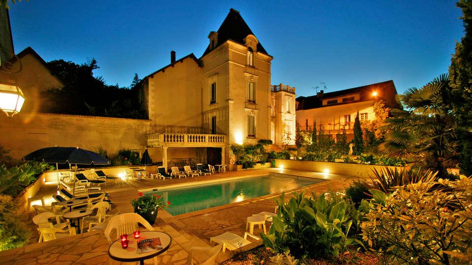 Hôtel Le Renoir - EDIT_Fachada_2.jpg