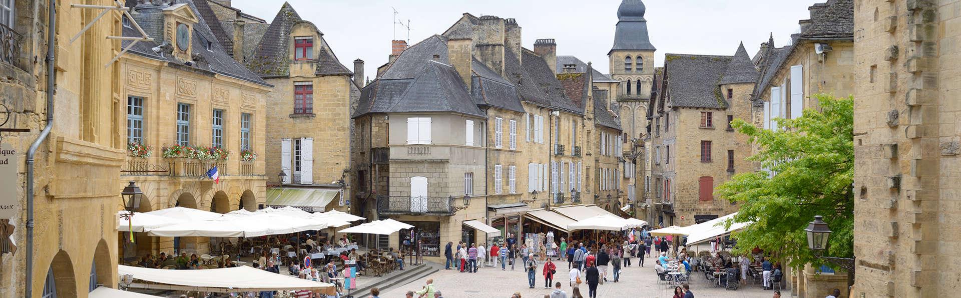 Best Western Hôtel Le Renoir - EDIT_Sarlat-la-Caneda_2.jpg