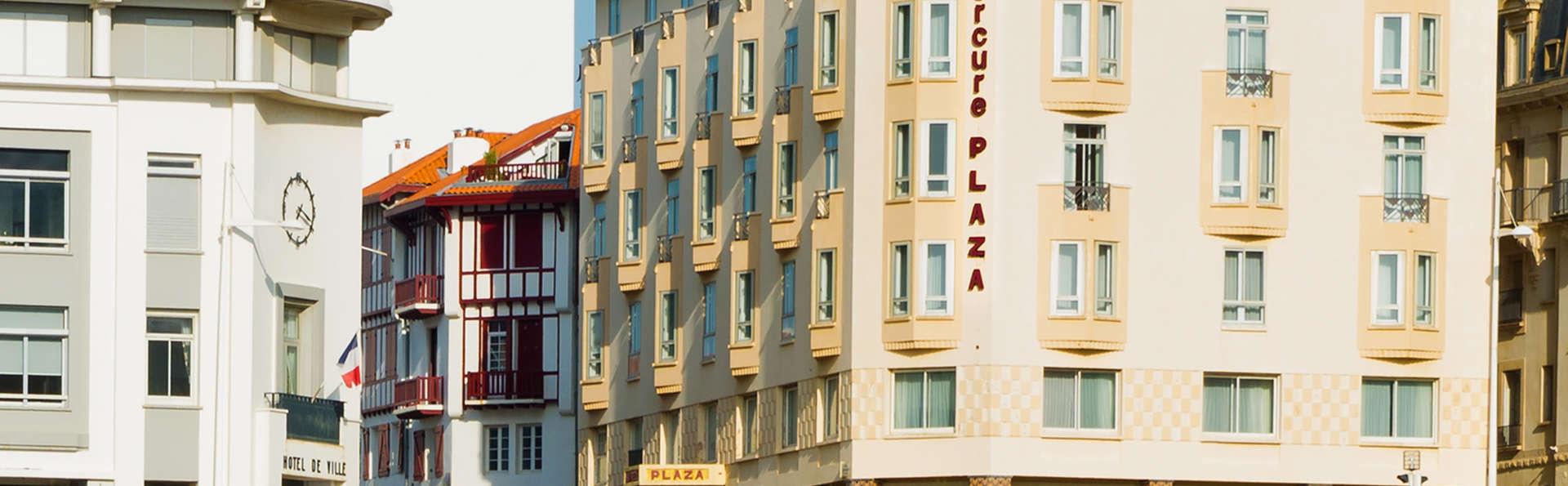 Hôtel Mercure Biarritz Centre Plaza - EDIT_NEW_FRONT.jpg