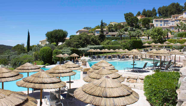 Pause détente avec accès spa et chambre supérieure en Provence