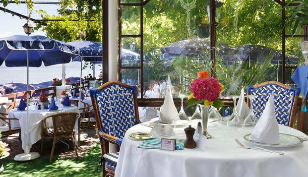 Week-end avec dîner en bord de lac, à Evian-les-Bains