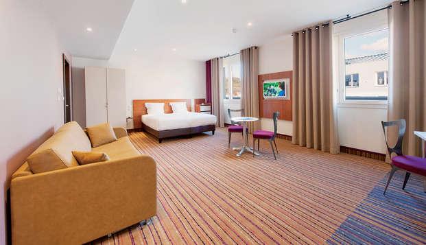 Hotel Lyon-Ouest - Room