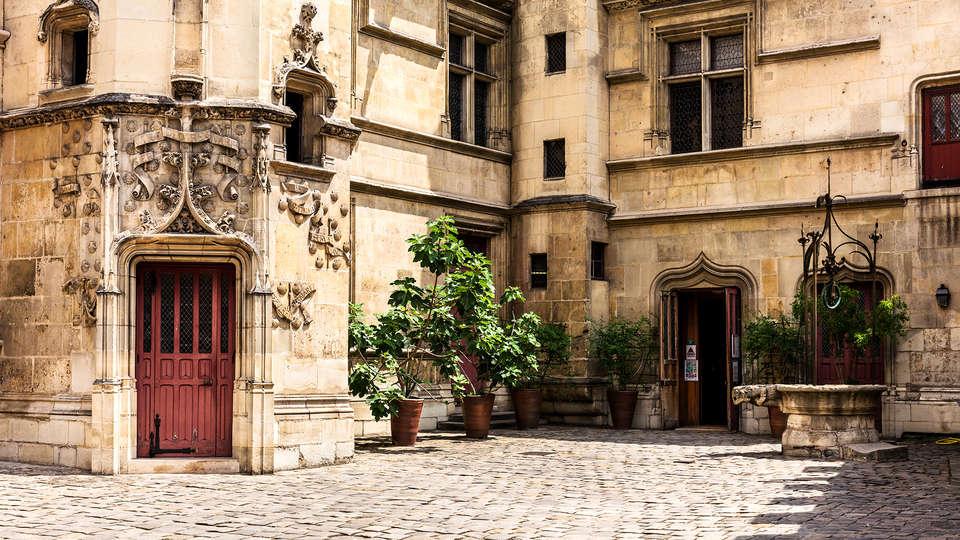 Hôtel Kyriad Mâcon Sancé - Edit_Abbaye.jpg