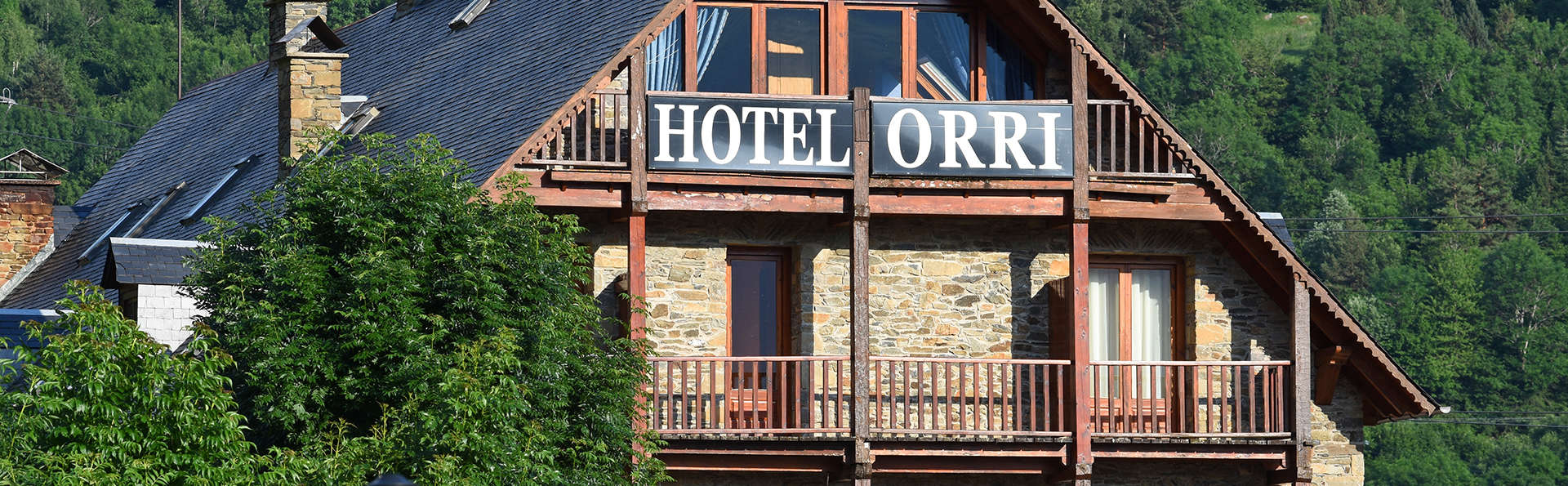 RVHotels Orri - Edit_Front2.jpg