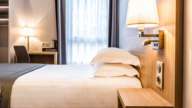 Hotel Paris d Issy