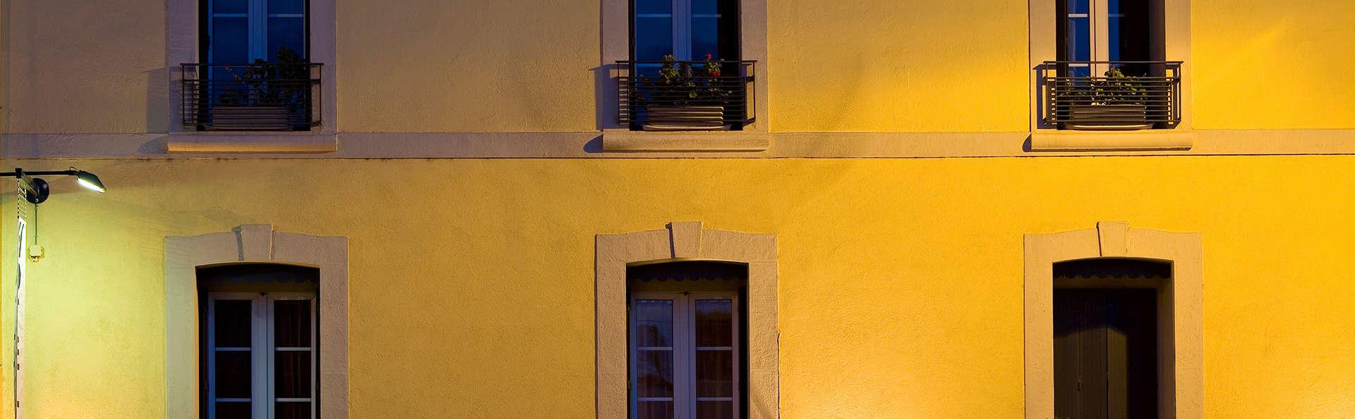 Hôtel L'Octroi - Edit_Balcon.jpg
