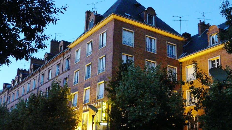 Hotel Marguerite - EDIT_Fachada_2.jpg