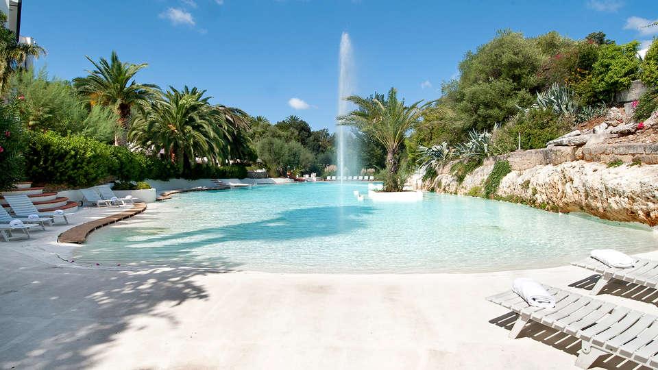 Ostuni Rosa Marina Resort - Edit_Pool.jpg