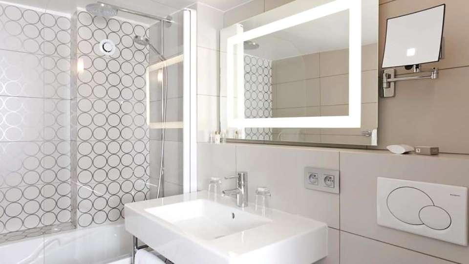 Hôtel Massena - Paris - Edit_Bathroom.jpg