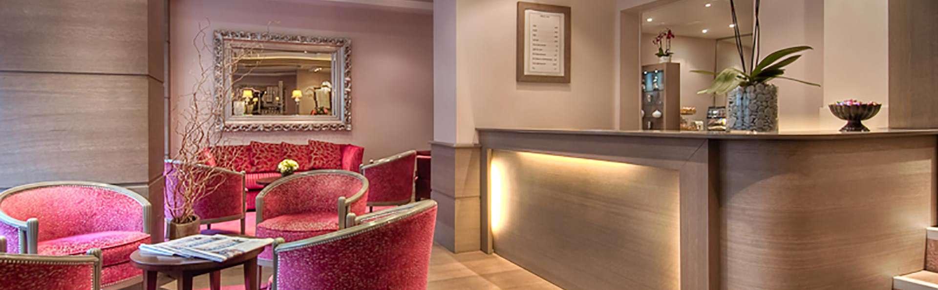 Hôtel Massena - Paris - Edit_Reception.jpg